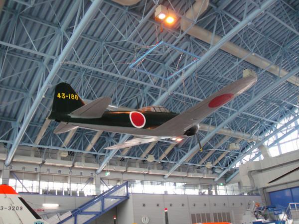 航空自衛隊浜松広報館の尾崎伸也大尉機