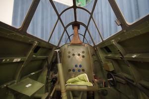 零戦のコクピット内部
