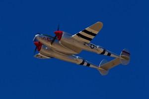 零戦とP-38ライトニング